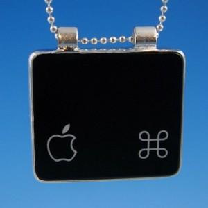 Mac Command apple halsband